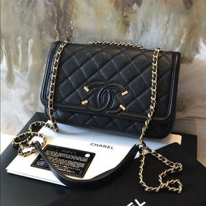 Chanel Black Filigree Small Caviar Flap Vag GHW